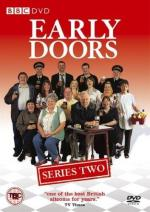 Early Doors (Serie de TV)
