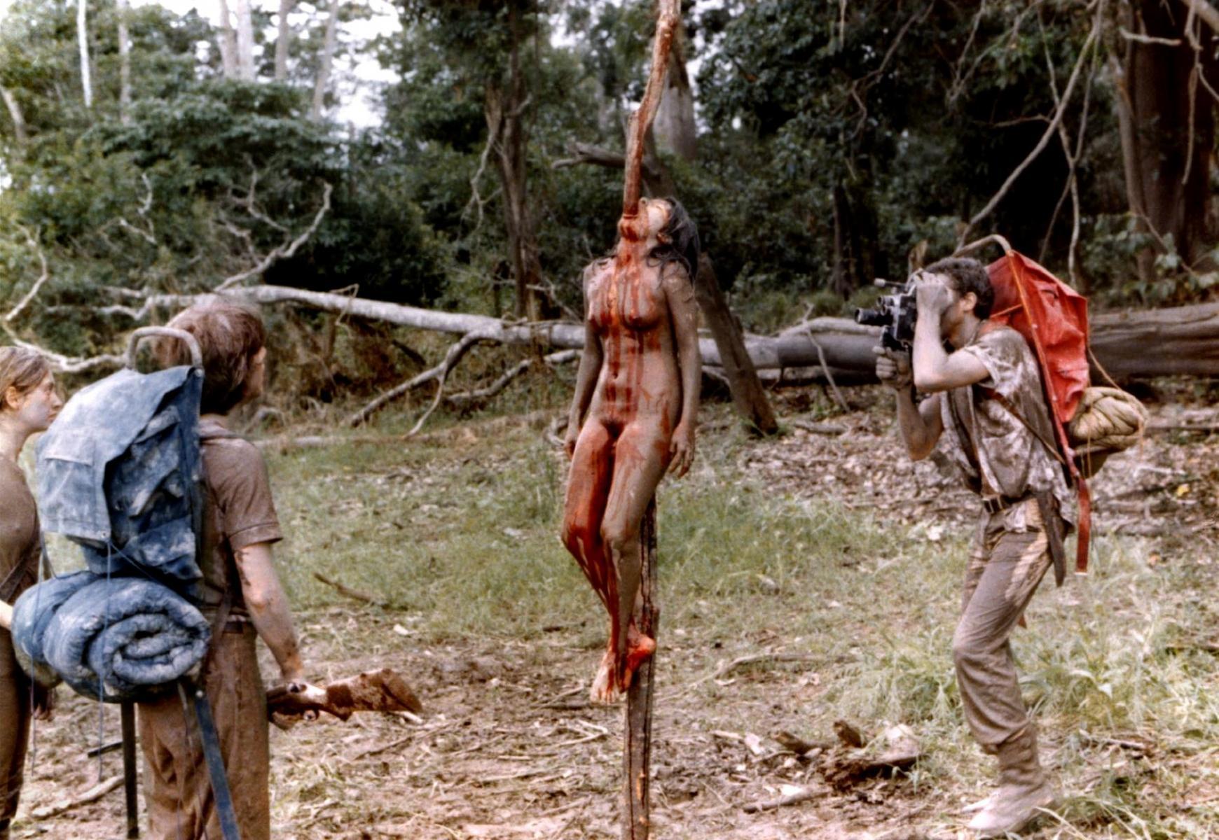 людоеды скачать каннибалы фильм амазонки эротика племя