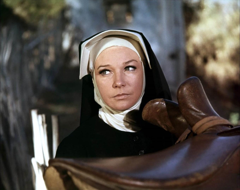 Dos Mulas Y Una Mujer 1970 Filmaffinity