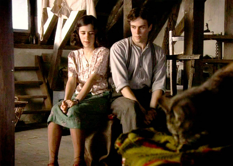 El Diario De Ana Frank Miniserie De Tv 2009 Filmaffinity