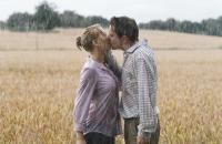 Scarlett Johansson & Jonathan Rhys Meyers