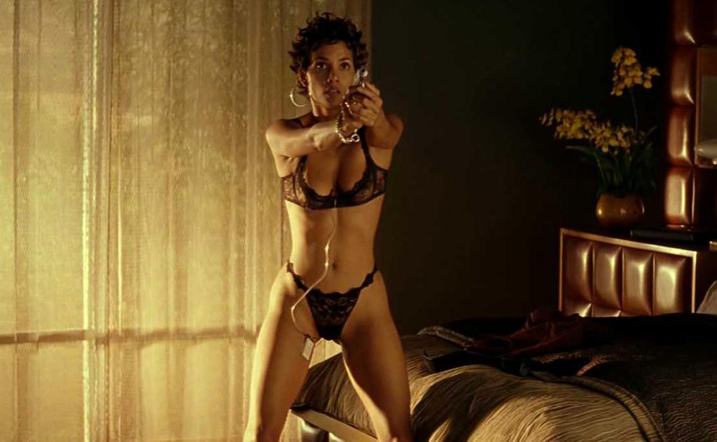 Naked Halle Berry In Swordfish Ancensored