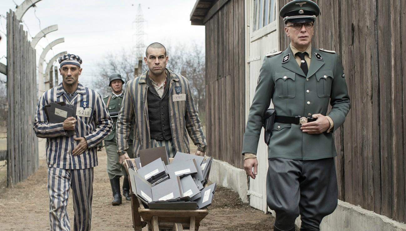 Uncompromising Reality Netflix S The Photographer Of Mauthausen Review Headstuff