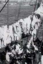 À bord du 'Formidable': Ramassage du linge (C)