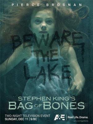 La maldición de Dark Lake (Un saco de huesos) (Miniserie de TV)