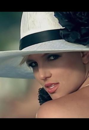 Britney Spears: Radar (Music Video)