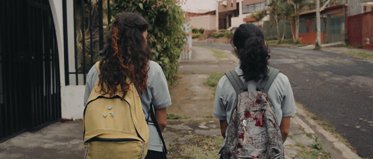 Cosas que no se rompen c 2017 filmaffinity for Vajillas que no se rompen