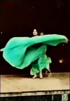 Danse serpentine (C)