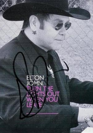 Elton John: Turn the Lights Out When You Leave (Vídeo musical)