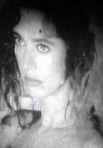 Mujer con violetas (TV)