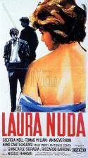 Laura al desnudo