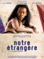 Notre étrangère (The Place in Between)