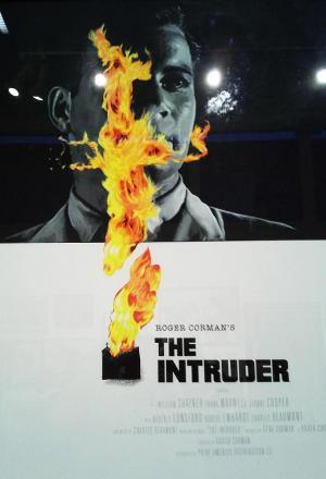 El Intruso (The Intruder)