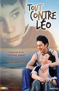 Tout contre Léo (Close to Leo) (TV)