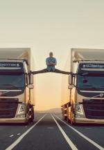 Volvo Trucks: The Epic Split (S)