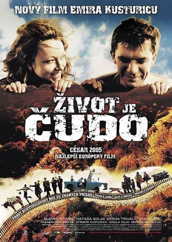 La vida es un milagro (2004) - FilmAffinity